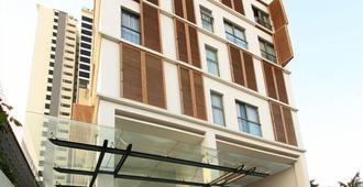 Glenwood Suites - Ho Chi Minh City - Building