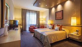 Mamaison Hotel Andrassy Budapest - Budapest - Makuuhuone