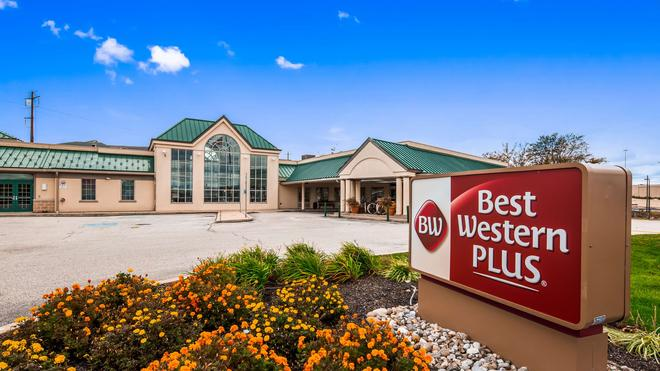 Best Western Plus The Inn at King Of Prussia - King of Prussia - Building