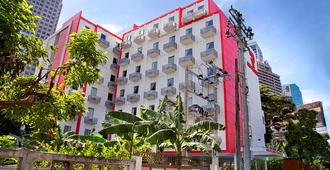 Red Planet Bangkok Asoke - Bangkok - Gebäude