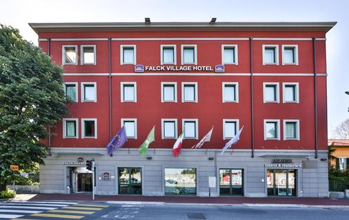 Best Western Falck Village Hotel - Sesto San Giovanni - Rakennus