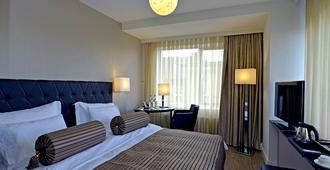 Hotel Vier Jahreszeiten Berlin City - Berlin - Bedroom