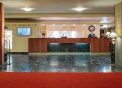 Danubius Health Spa Resort Esplanade - Piešťany - Front desk