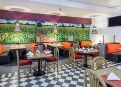 Ramada by Wyndham Hola Culiacan - Кулиакан - Ресторан