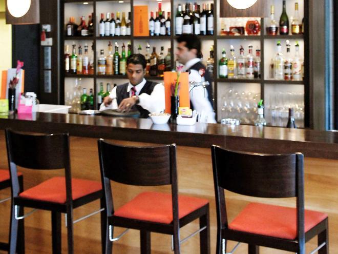 Mercure Hotel Amsterdam West - Amesterdão - Bar