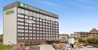 Wyndham Garden at Niagara Falls - Niagarafallene - Bygning