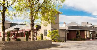 Treacy's West County Conference & Leisure Centre - Ennis