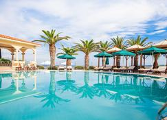 Possidi Holidays Resort & Suite Hotel - Posidi - Pool