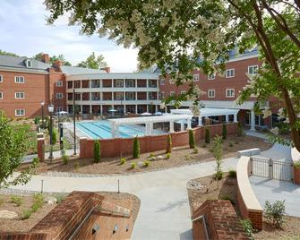 Rizzo Center - Chapel Hill - Gebouw