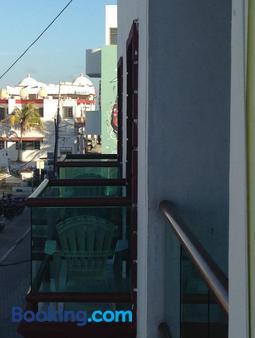 Hotel Isleño - Isla Mujeres - Balcony