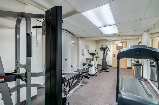 Red Lion Hotel Rosslyn Iwo Jima - Arlington - Gym