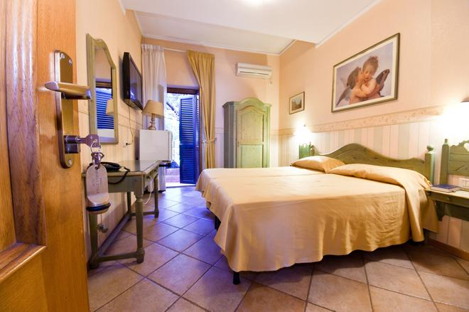Hotel Stelle D'Europa - Rome - Phòng ngủ