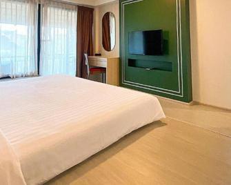 Bangsaen Heritage Hotel - Chonburi - Schlafzimmer