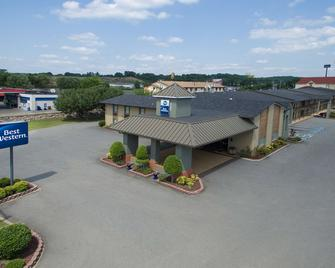 Best Western Inn - Russellville - Gebouw