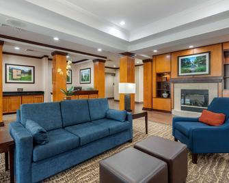Comfort Inn & Suites - Camden - Wohnzimmer
