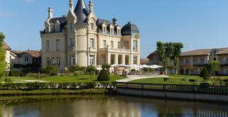 Chateau Hotel & Spa Grand Barrail - Saint-Émilion - Edificio