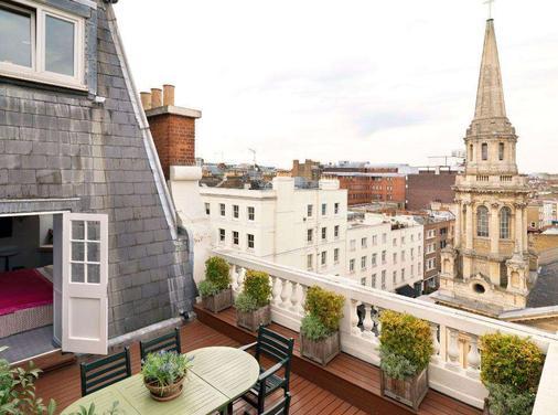 The Mandeville Hotel - London - Balcony