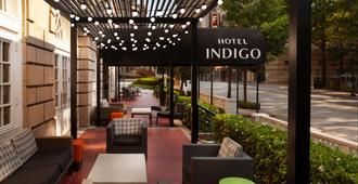 Hotel Indigo Atlanta Midtown - Atlanta - Uteplats