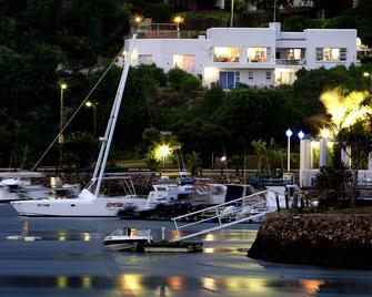 Dockside Guest House - Port Alfred - Buiten zicht