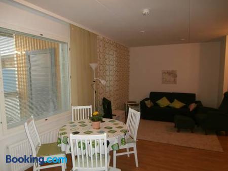 Huoneistohotelli Nallisuites - Oulu - Dining room