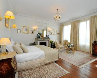 La Villa Eugène - Еперне - Bedroom