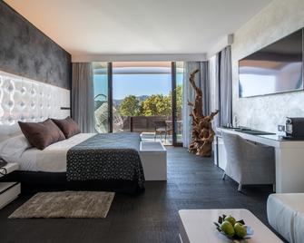 Suites Natura Mas Tapiolas - Santa Cristina d'Aro - Slaapkamer