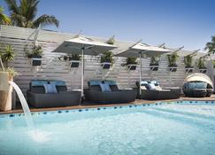 Hotel Le Lagon Noumea - Нумеа - Бассейн