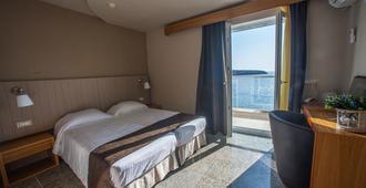 エル グレコ ホテル - アギオス・ニコラオス - 寝室