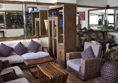 Surf View Hotel - Malé - Lounge