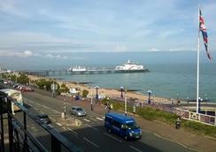 Cavendish Hotel - Eastbourne - Vista del exterior