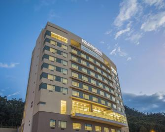 Four Points by Sheraton Cuenca - Cuenca - Building