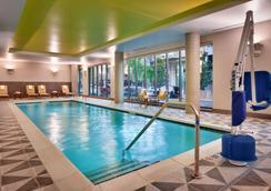 波特蘭/市中心Hyatt house酒店 - 波特蘭 - 游泳池