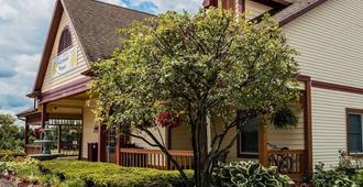 Econo Lodge & Suites - גרנד ראפידס