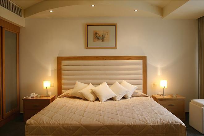 Europa Plaza Hotel - Lefkoşa - Yatak Odası
