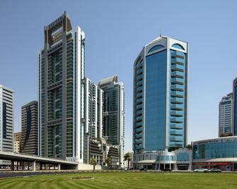 Four Points by Sheraton Sharjah - Sharjah - Gebouw