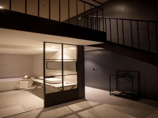 Gaden hotel - Σούουον - Μπάνιο