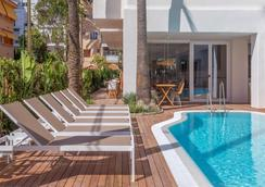 HM Alma Beach - Palma de Mallorca - Pool