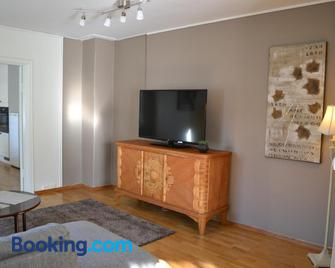 Skarmyra Apartment - Moss - Wohnzimmer