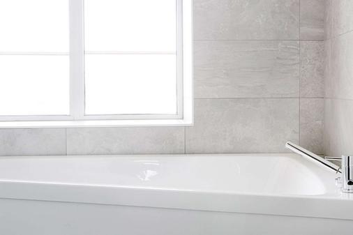 Comfort Hotel Goteborg - Gothenburg - Bathroom