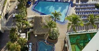 Ocean Sky Hotel and Resort - Fort Lauderdale - Pool