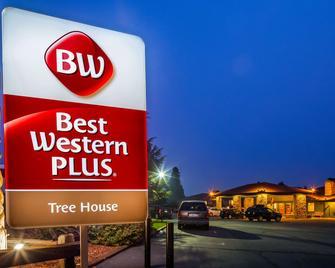 Best Western Plus Tree House - Mount Shasta - Edificio