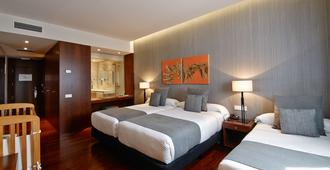 Hotel Carris Marineda - La Coruña - Bedroom
