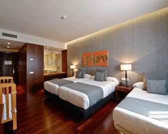 Hotel Carris Marineda - A Coruña - Bedroom