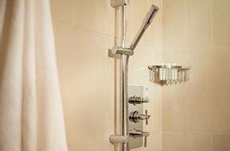 Mill Street Inn - Newport - Bathroom