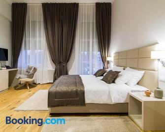Lanterna Rooms City Center - Novi Sad - Schlafzimmer