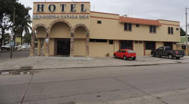 Hotel Hacienda Canada Rica 2 - Tampico - Building