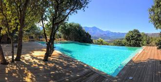 A Piattatella - L'Île-Rousse - Pool