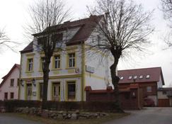 Gasthof Bergquelle - Wandlitz - Building