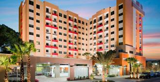 Residence Inn by Marriott West Palm Beach Downtown/Rosemary Square Area - West Palm Beach - Building