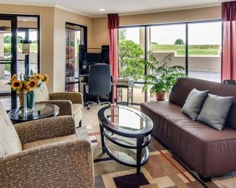Quality Inn Mt. Pleasant - Mount Pleasant - Obývací pokoj